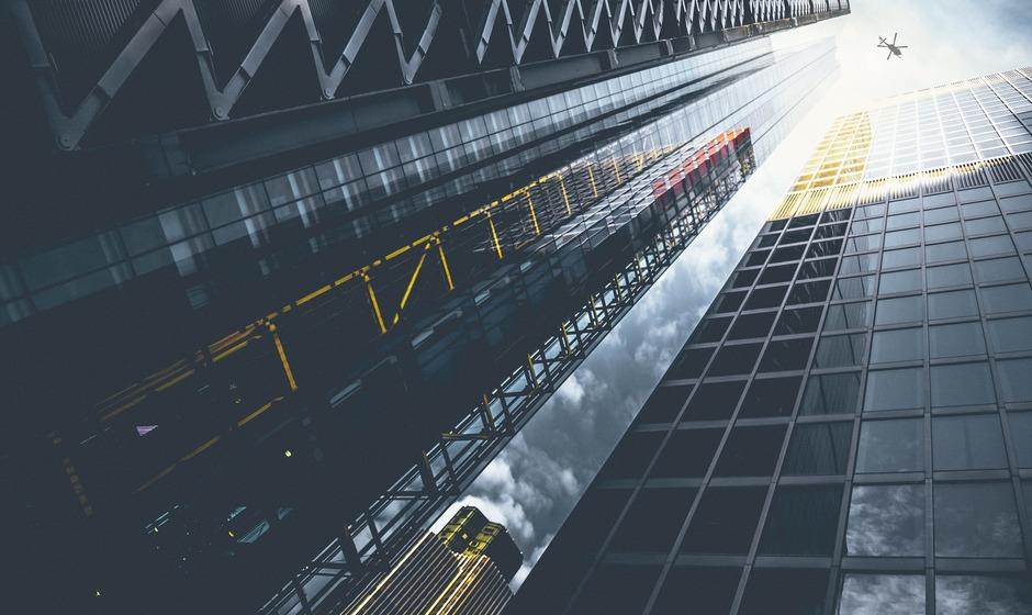 skyscrapers-1210010_1920.jpg