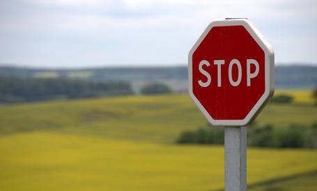 Medium stop shield traffic sign road sign 39080