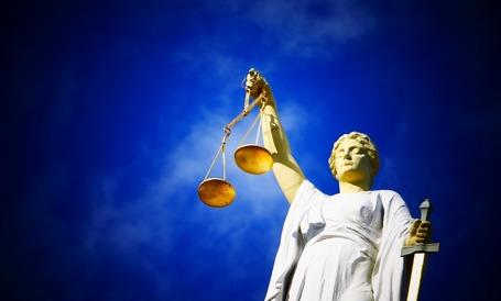 Medium justice 2071539 1920