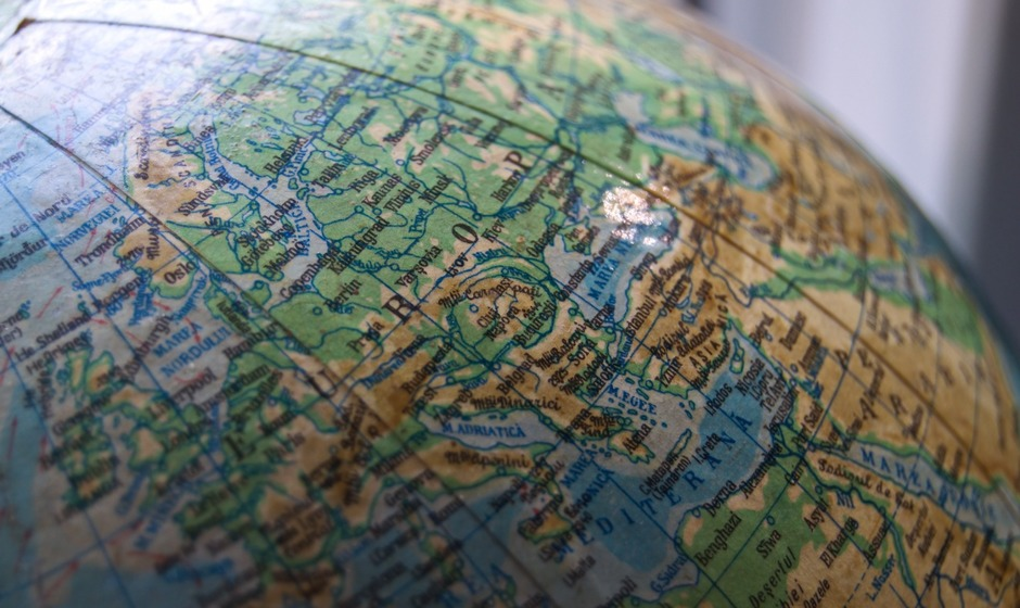 closeup-photo-of-desk-globe-1165676.jpg